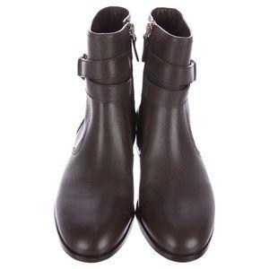 6038ac993597 Tory Burch Shoes - BNIB Tory Burch Gemini Link Bootie in Coconut